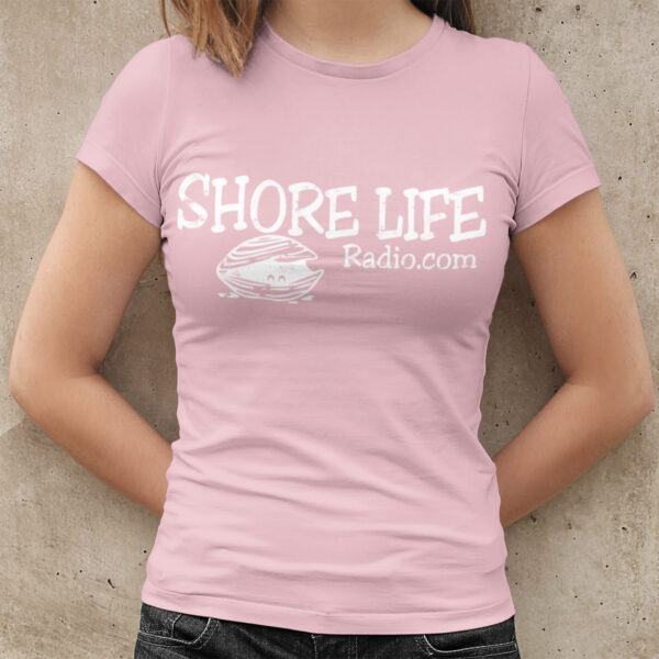 Shore Life Radio Clam Women's Fitted T-Shirt